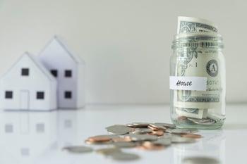 saving-money-house_1421-565